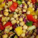 colombian-food-red-pepper-and-garbanzo-bean-salad